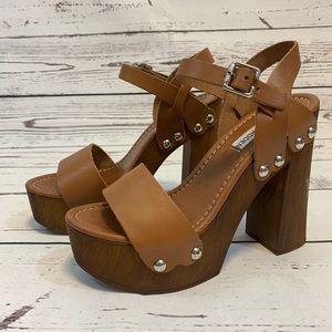 Steve Madden Shoes - Steve Madden Brown Heel